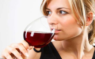 What are the primary advantages of Consuming Red wine?